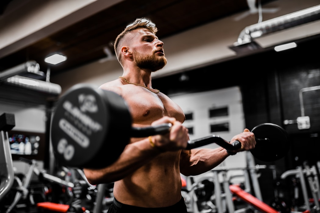 Is one to one personal training better than going to the gym alone?