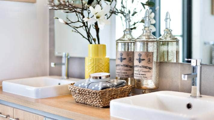 Why You Shouldn't Store These Items in the Bathroom