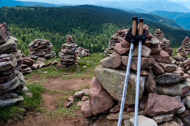 How To Choose And Use Trekking Poles: The Ultimate Guide