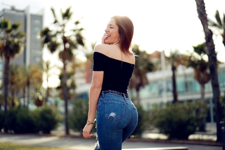 How to Choose the Right Sexy Plus Size Leggings If You Are A Plus-Size Woman