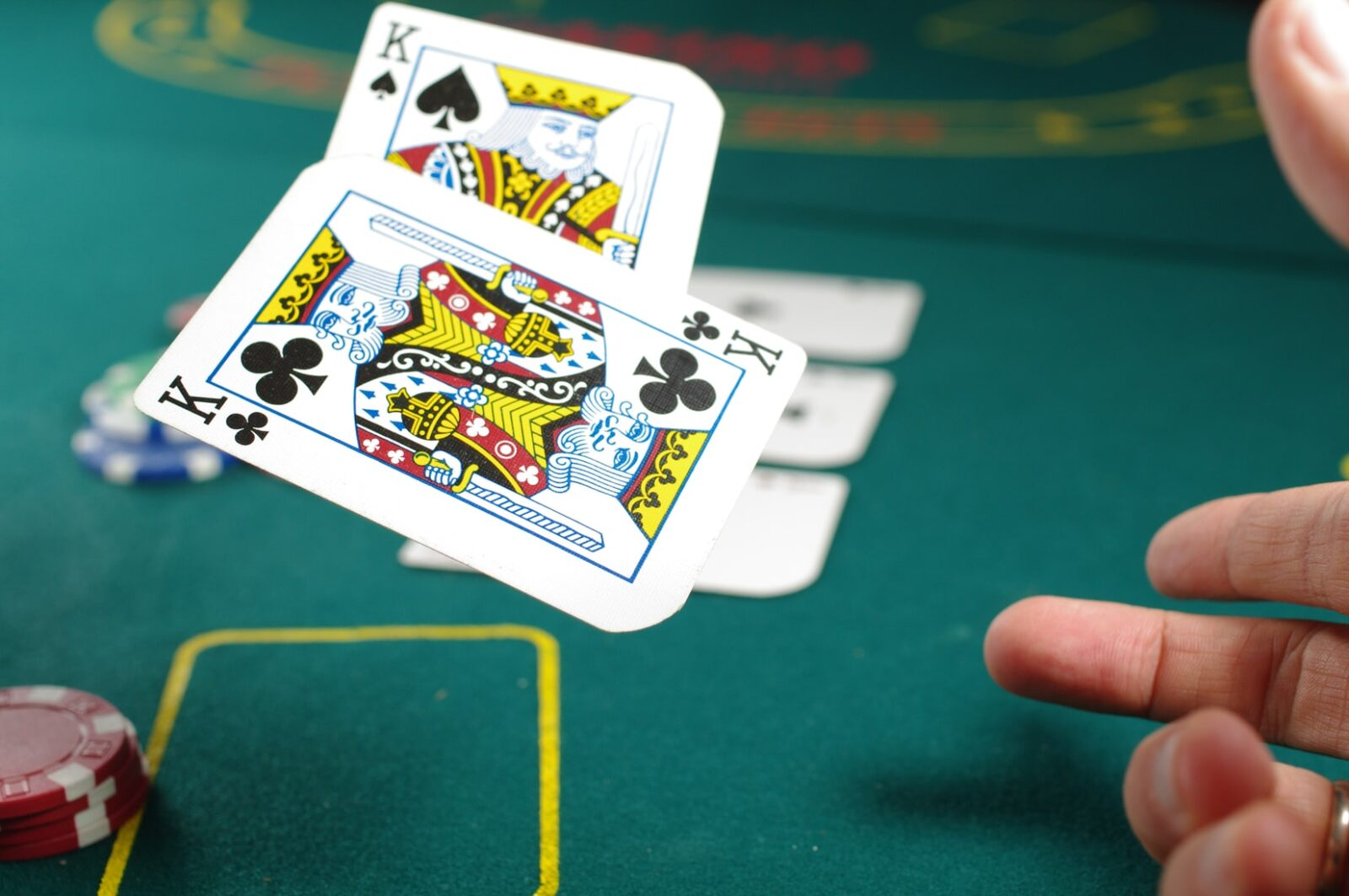 Advantages to Bet Game Slot Online in Indonesia