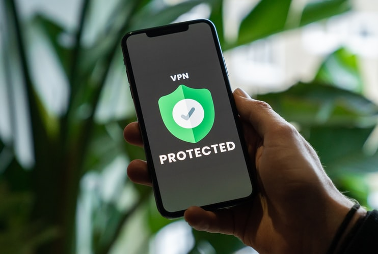 The Benefits and Disadvantages of Using a VPN