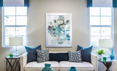 Best Wall Art Ideas for Your Entryway