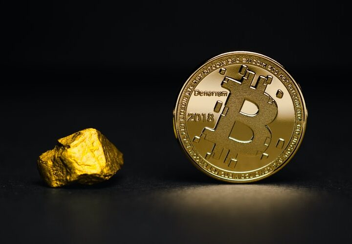 CLOSER RELATIONSHIP BETWEEN BITCOIN AND STOCK PRICE