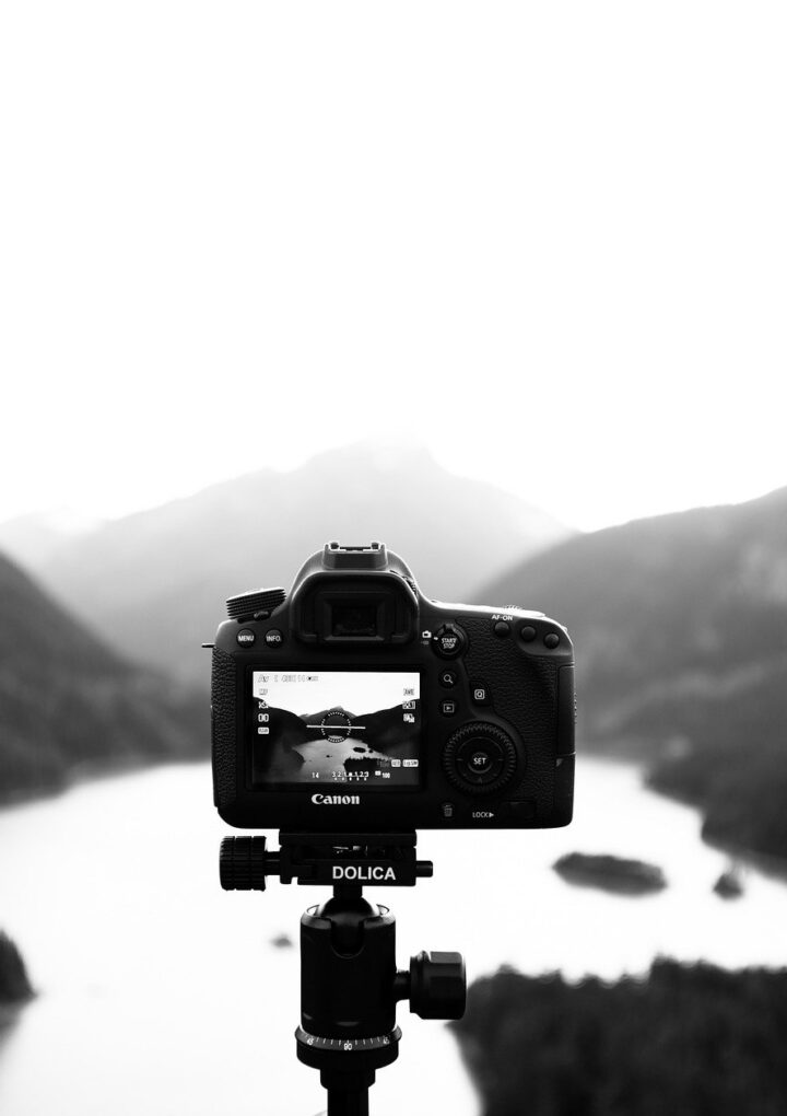 Ten Easy Steps to Make Your YouTube Videos Convert Into Sales