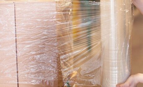 How to Use Stretch Film When Moving