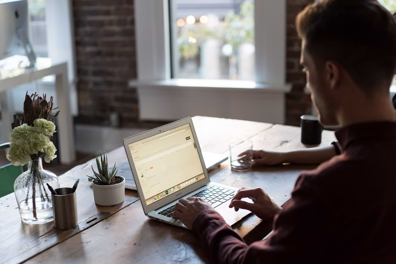 Can a Virtual Office Be Used To Register a Business_
