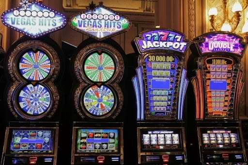 How to beat a slot machine_ Strategies for playing slots