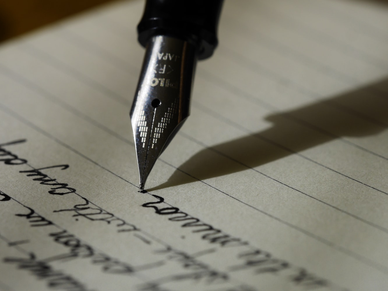 Seven tricks- How to write an essay quickly