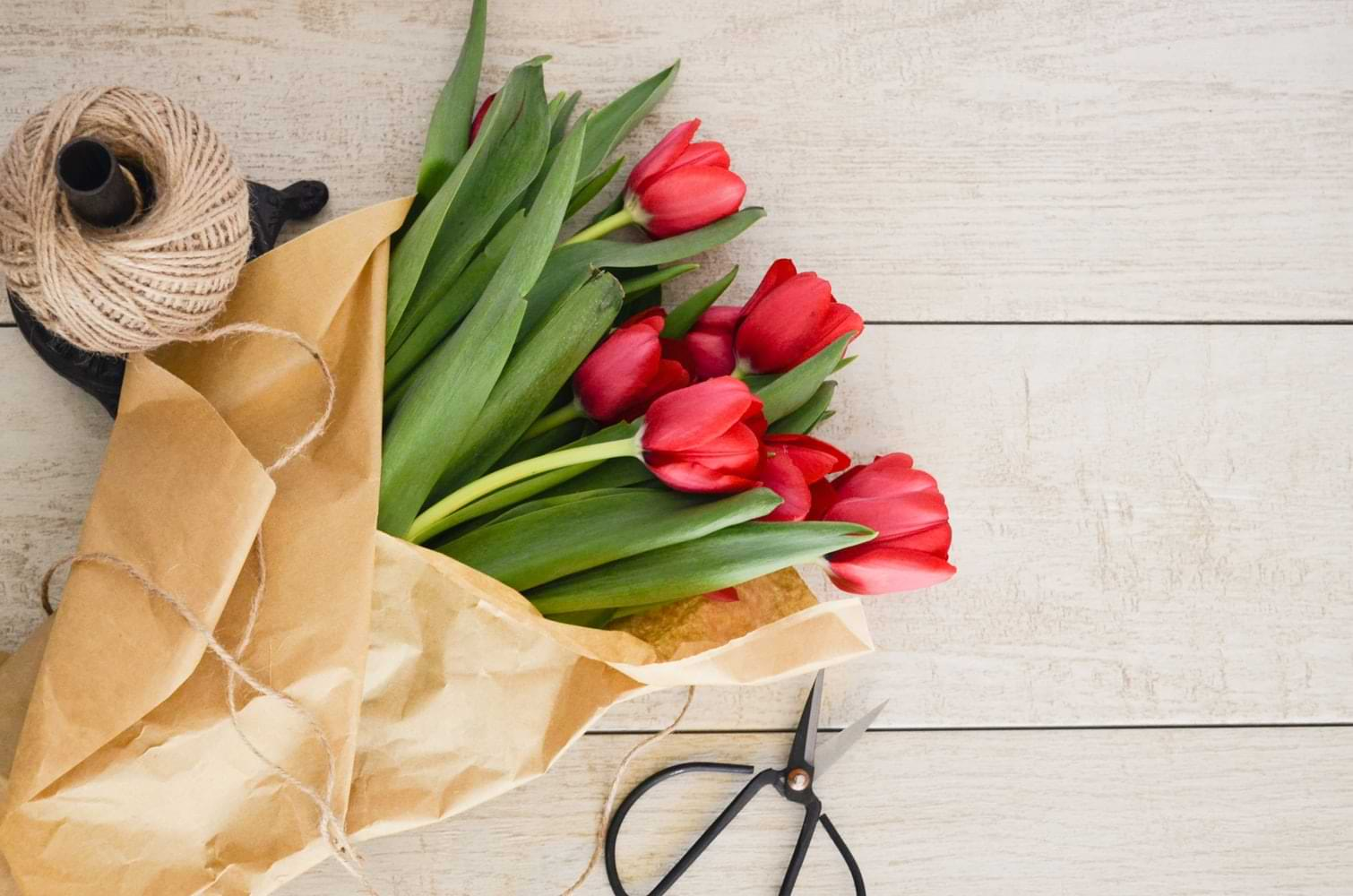 Stunning ways to use flowers to feel motivated