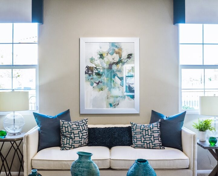 Get the Best-customized Wall Decor Ideas for Your Living Room