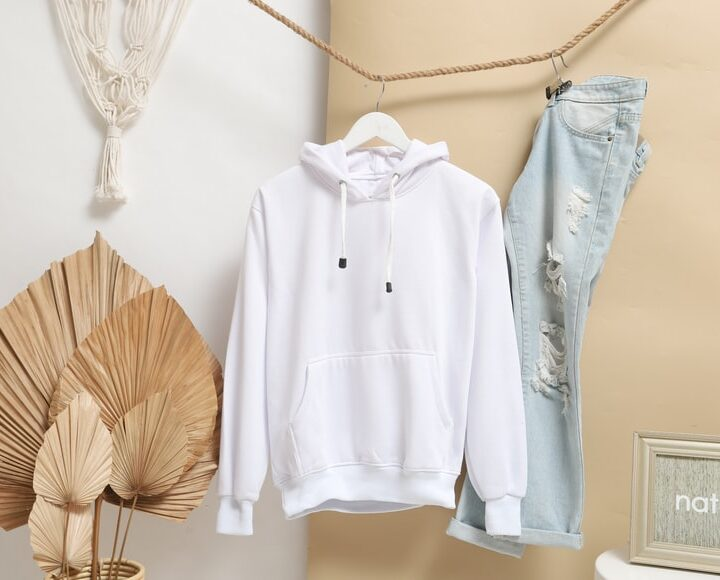 Revitalize Your Wardrobe With a 100% Cotton Hoodie