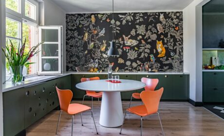 Give Your Home a Modern, Stylish Look with Panel Wallpaper